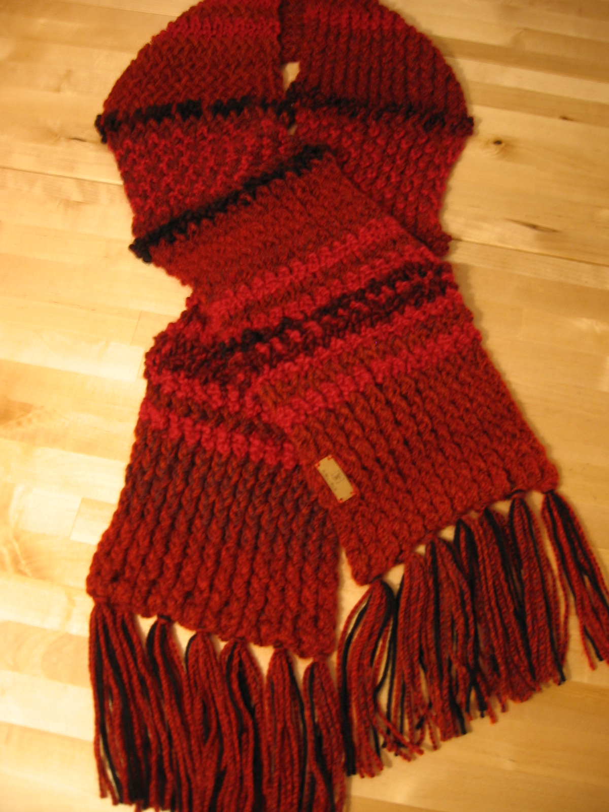 Le Rouge, foulard-femme – De mine en aiguille d0f2946a27bc